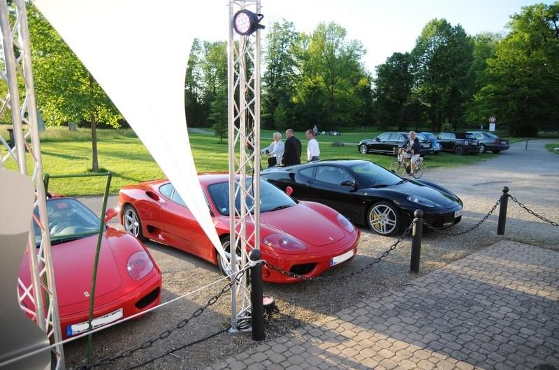 Stand-Porsche.jpg